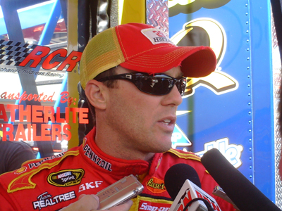 Kevin Harvick speaks with the media at Infineon Raceway (photo credit: The Fast and the Fabulous)
