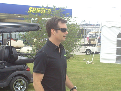 Jeff Gordon walks to the drivers meeting at Chicagoland Speedway on Saturday July 12, 2008. (photo credit: The Fast and the Fabulous)