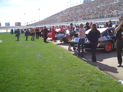 Cars and drivers line up before the start of the Shelby 527 at Las Vegas Motor Speedway on Sunday, March 1, 2009 (photo credit: The Fast and the Fabulous)