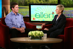 Carl Edwards chats with talk show host Ellen Degeneres (Photo Credit: Michael Rozman/Warner Bros.)