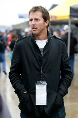 Fans spotted NHL Dallas Star's Mike Modano in the garage at Texas Motor Speedway on Sunday. (Credit: Tom Pennington/Getty Images for NASCAR)