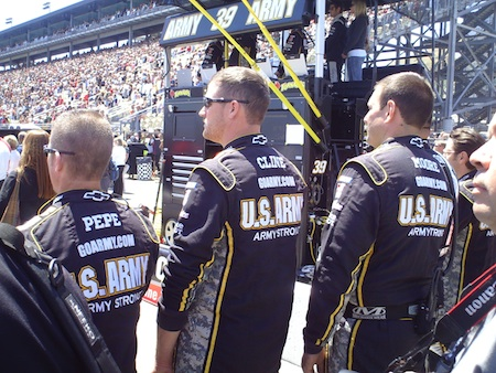 The No. 39 Haas Automation pit crew