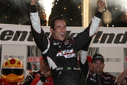 Helio Castroneves celebrates winning the Kentucky Indy 300 at Kentucky Speedway on Saturday, September 4, 2010 (credit: IRL)