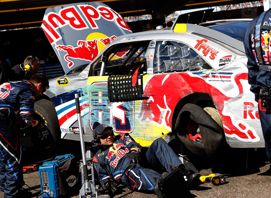 A Brian Vickers spin on the backstretch triggered a 14-car accident which included Jamie McMurray, Jeff Burton, Clint Bowyer and Dale Earnhardt Jr. The race was red flagged for 14 minutes and 4 seconds. (Credit: Tom Pennington/Getty Images)