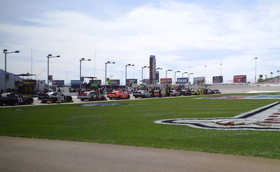 Pit Road before the start of the Sam's Town 300