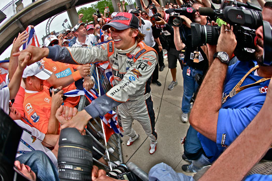 Dan Wheldon with fans