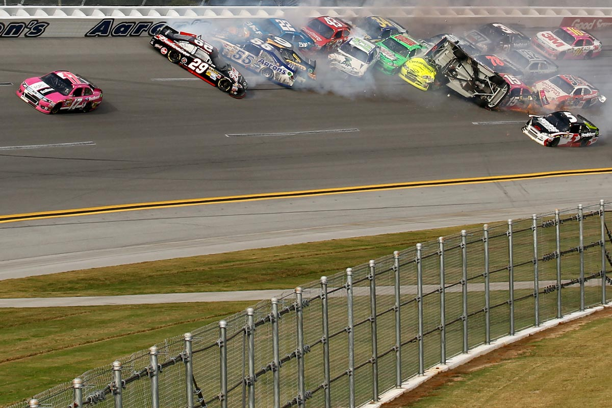 2012-Talladega-Last-Lap-Incident