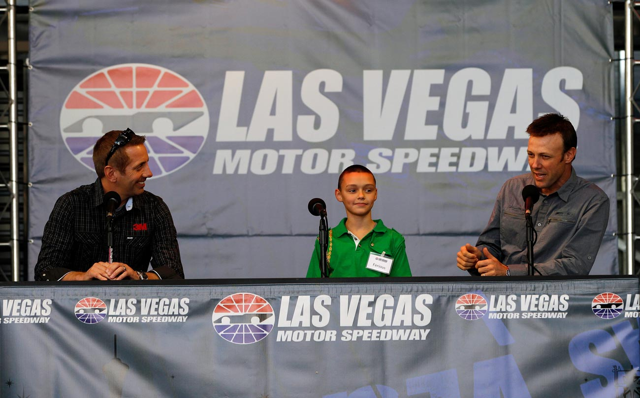 2012-Vegas-FanFest-Greg-Biffle-Matt-Kenseth-On-Stage