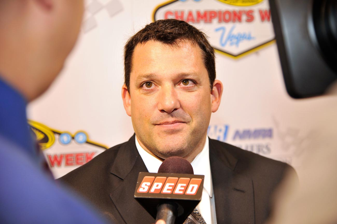 2012-Vegas-Myers-Bros-Awards-Luncheon-Tony-Stewart-Breakout