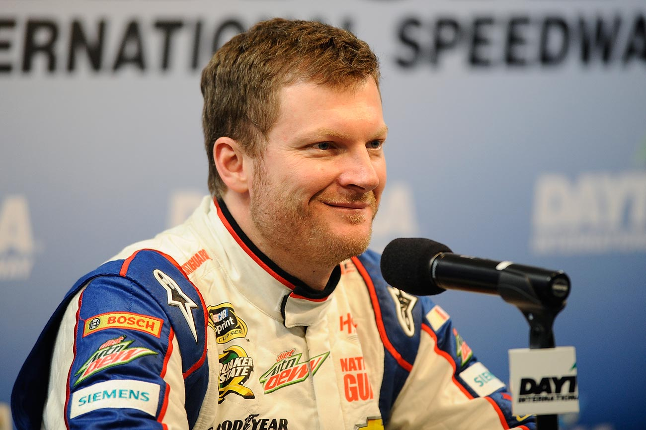 2013-Daytona-Preseason-Thunder-Dale-Earnhardt-Jr-Media-Center