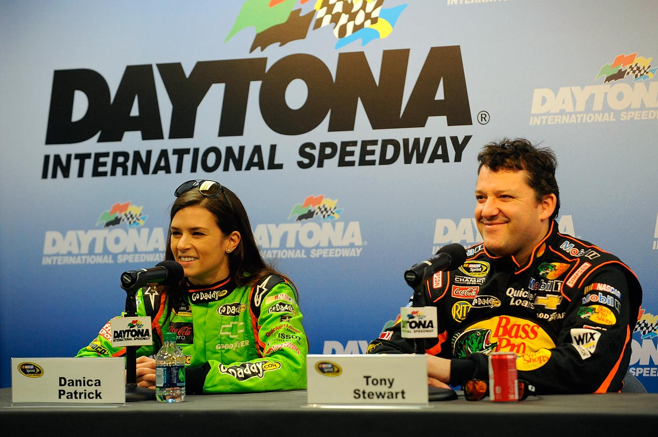 2013-Daytona-Preseason-Thunder-Danica-Patrick-Tony-Stewart-Media-Center