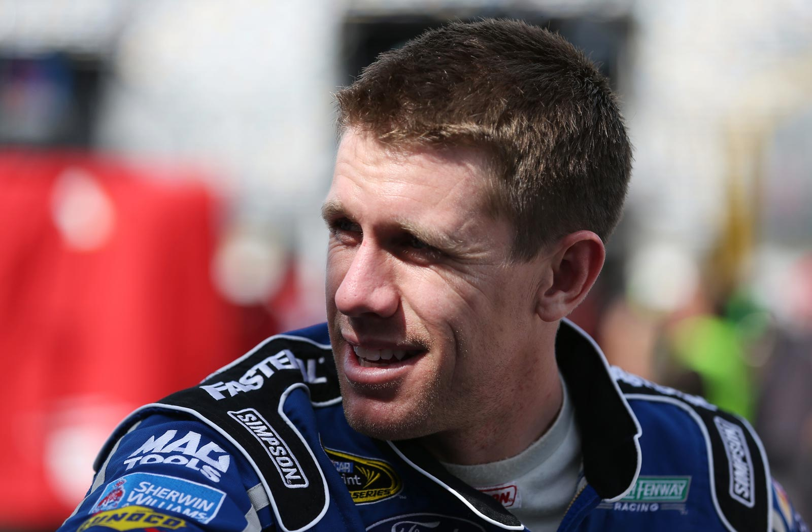 Daytona-Friday-Carl-Edwards-In-Garage