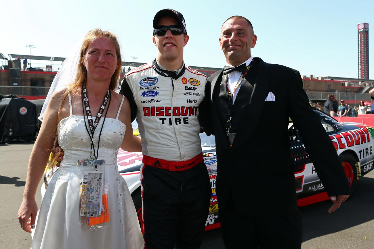 brad-keselowski-nascar-nationwide-series-auto-club-wedding