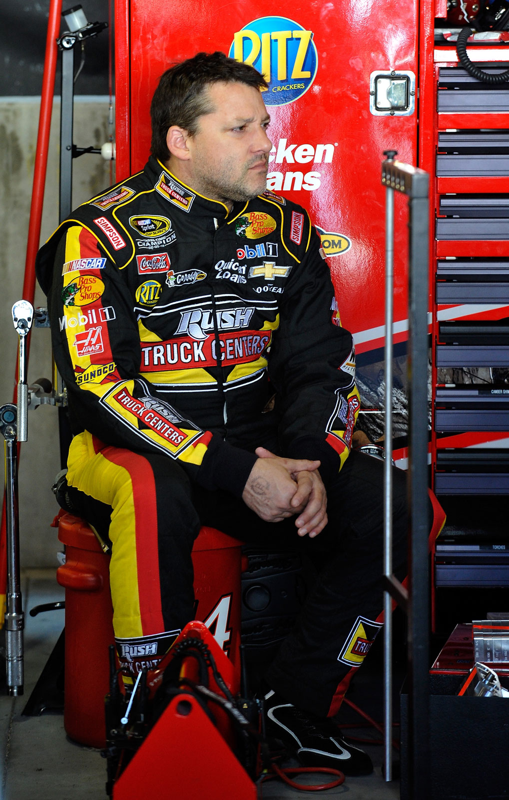 Tony-Stewart-Martinsville-NASCAR-April-2013