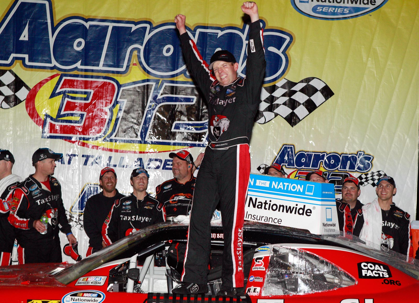 Regan_Smith_Win_Talladega_NNS_050413_2
