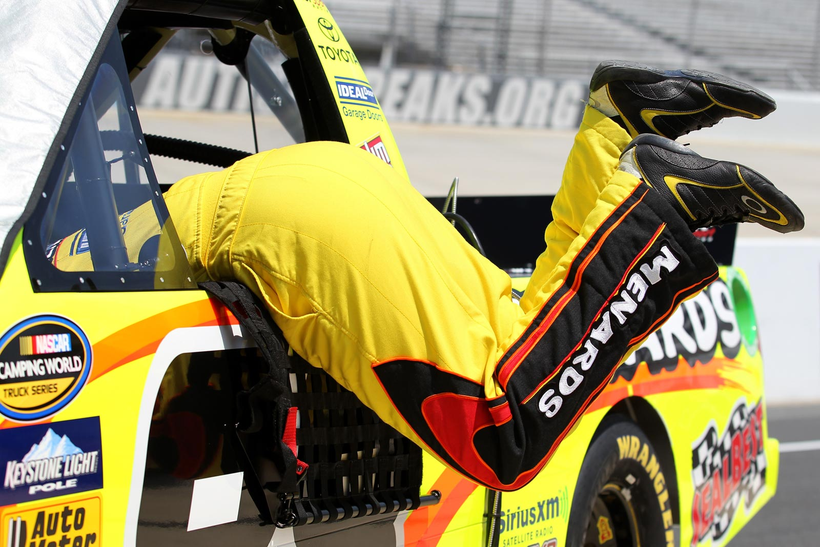 Matt-Crafton-NASCAR-Camping-World-Truck-Series-Dover-May-2013