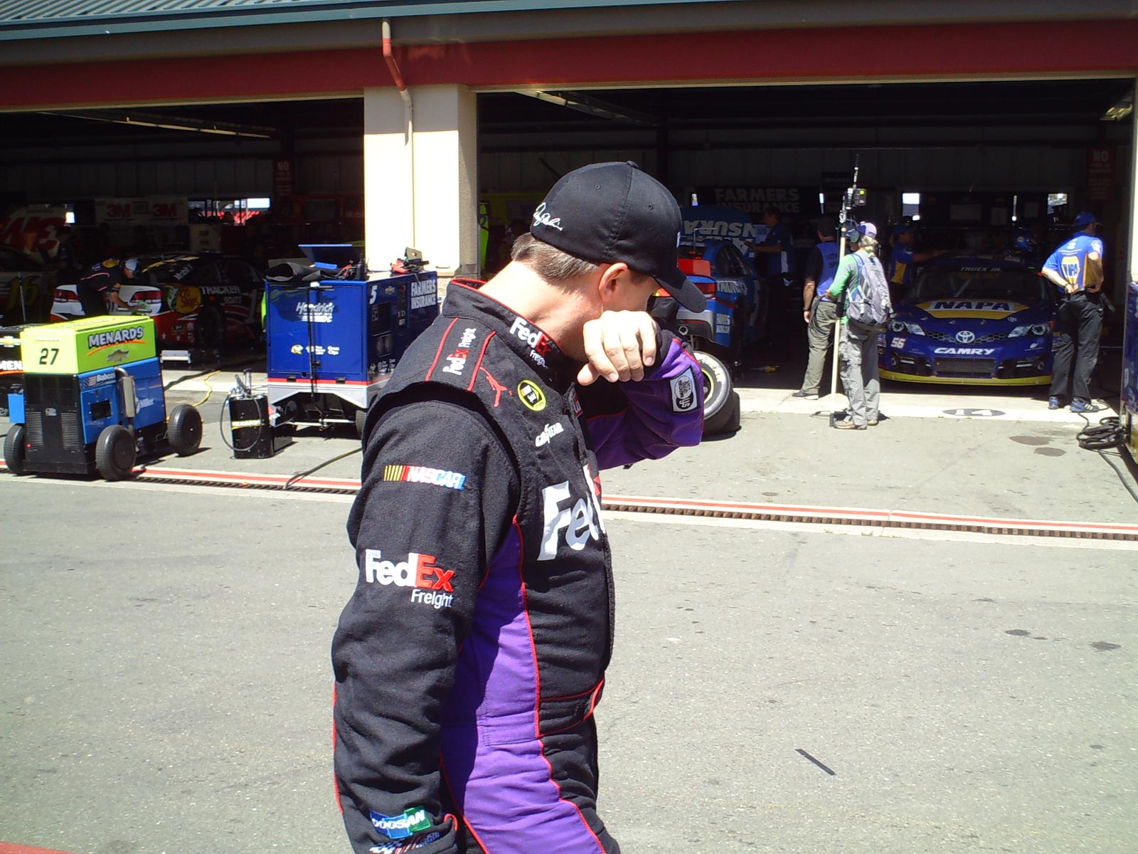 sonoma-friday-denny-hamlin