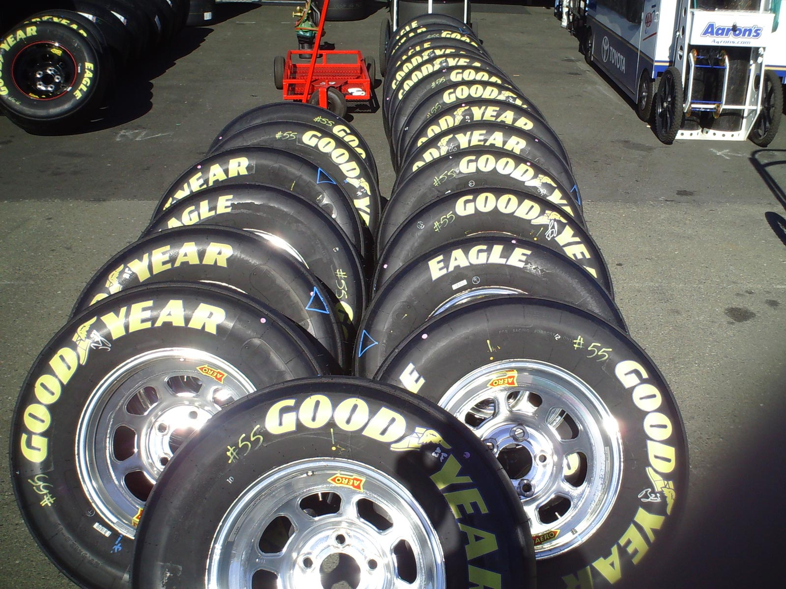 saturday-sonoma-tires