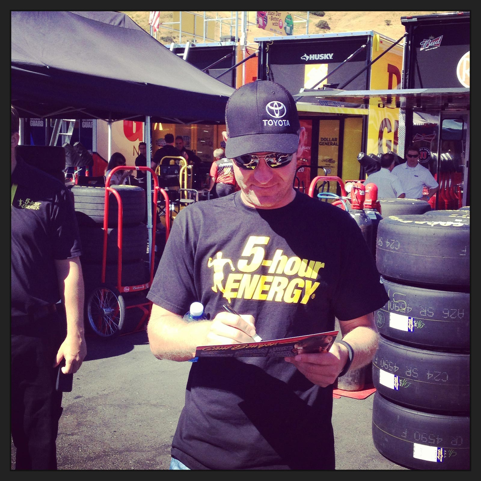 sonoma-saturday-clint-bowyer-