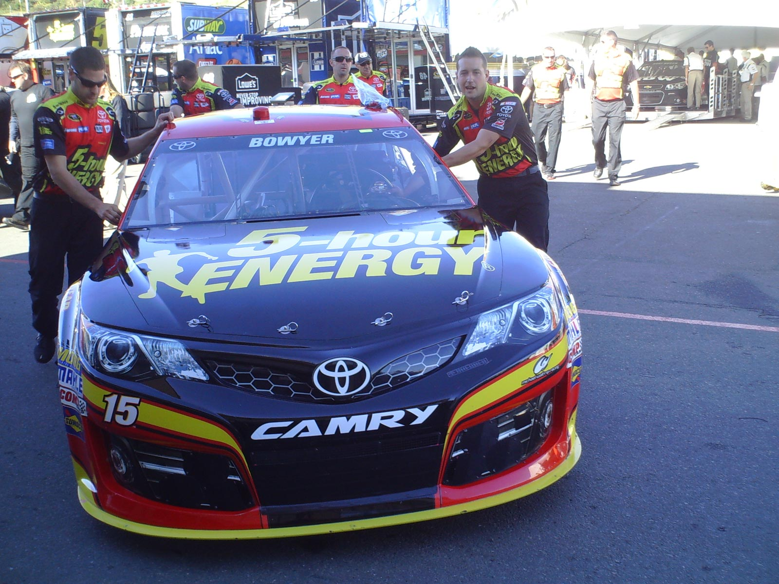 sonoma-saturday-no15-team-car