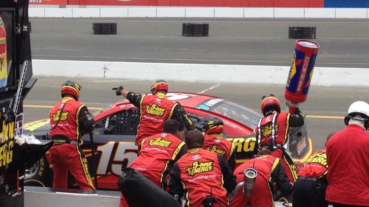 The No. 15 5-Hour Energy team finishes up a pit stop at Sonoma Raceway on Sunday, July 23, 2013. (photo credit: The Fast and the Fabulous)
