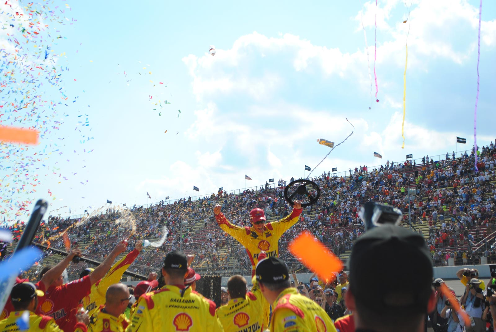 michigan-joey-logano-celebrate-steering-wheel