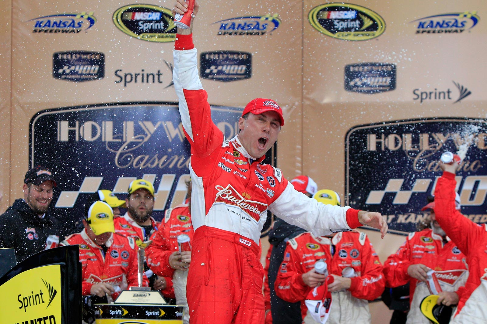 kevin_harvick_kansas_celebrate