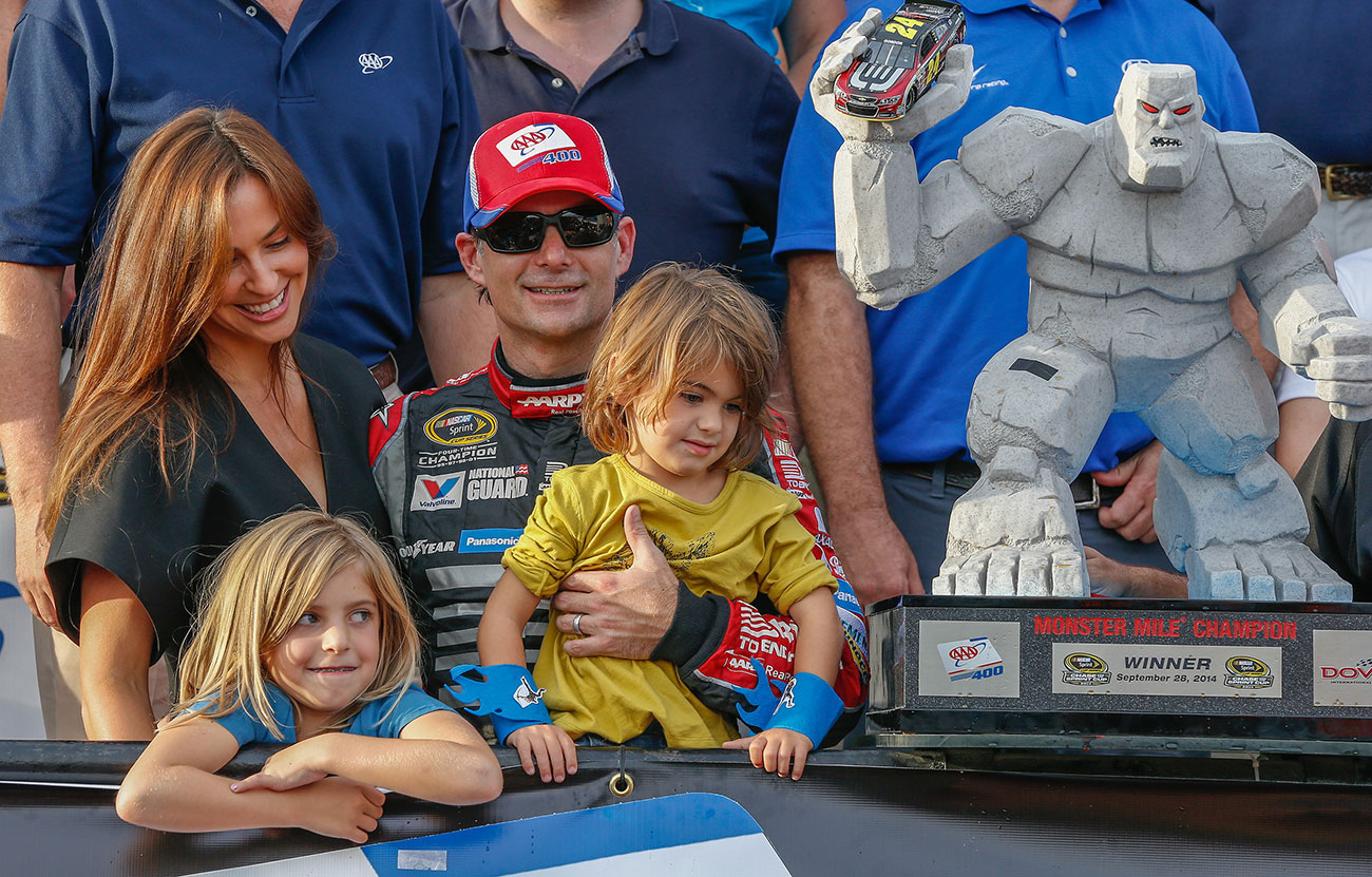 When Jeff Gordon Wins Everybody Does A Google Search For His Wife The Fast And The Fabulous