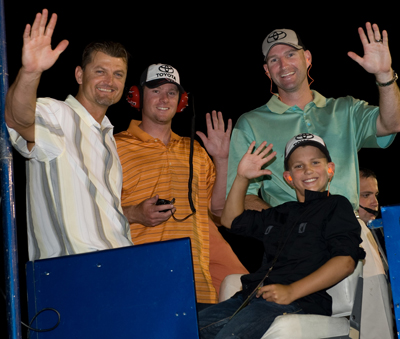 Trevor Hoffman, the all-time saves leader in Major League Baseball, was a guest of Mike Wallace at Saturday night's race at Gateway International Raceway. Hoffman (far left) and his San Diego Padres teammates were in town for a series against the St. Louis Cardinals. Joining Hoffman on Wallace's pit box were Chase Headley, Kevin Jarvis and Trevor's son Quinn. (Photo Credit: Padraic Major for NASCAR)