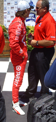 Dan Wheldon (photo credit: the fast and the fabulous)