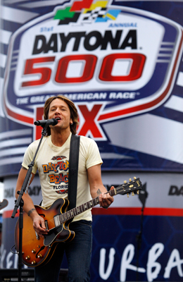 Country star Keith Urban performs a pre-race concert prior to the Daytona 500 at Daytona International Speedway. (Photo Credit: Chris Graythen/Getty Images)