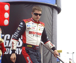 David Ragan leaves the stage after being introduced to the crowd before the start of the Sam's Town 300 at Las Vegas Motor Speedway on Saturday, February 28, 2009 (photo credit: The Fast and the Fabulous)