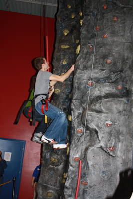 Kasey Kahne takes on the rock climbing wall at Fun Expedition in Johnson City, Tenn. during a visit Thursday to promote the upcoming NASCAR weekend at Bristol Motor Speedway(Credit: Bristol Motor Speedway)