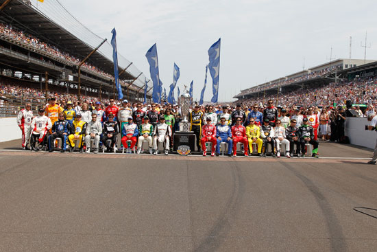 All 33 drivers take the traditional group photo on the start/finish line at the Indianapolis Motor Speedway